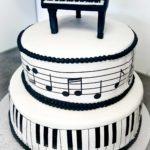Tort muzyczny #fortepian #nuty #pięciolinia